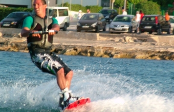 Wakeboard & Waterski