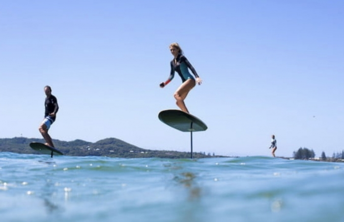 ELECTRIC FOIL SURFBOARD IN IBIZA