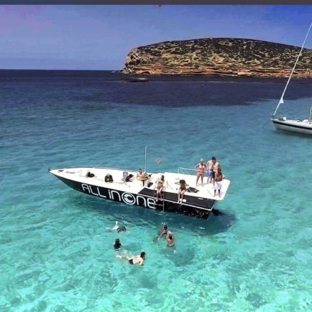 Boat trip and Snorkel cave Tour